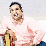 """""""Entre Díaz y canciones"""" álbum con últimas grabaciones de Diomedes Díaz que ya está a la venta http://t.co/kzqSmShGLa http://t.co/UZ1pmMpnHF"""
