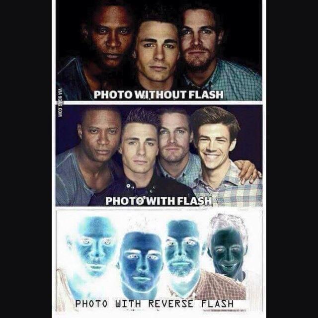 This made me laugh.. #TheFlash #Arrow http://t.co/6Bq4utD9bD