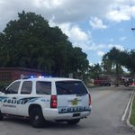 #Breaking: Gas leak closes streets in Hillview Street area of #Sarasota. http://t.co/BO4Djh7KO0 http://t.co/fEuI37ICwT