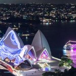 Sydneys Vivid festival attracts Chinese tourist dollars http://t.co/UfDtkimhvV http://t.co/J1DWOwpF2b