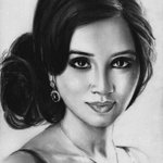 """@Swathichandran: @shreyaghoshal this deserves your attention! Love you didi :) #PencilArt by @AakashRamesh90 http://t.co/J1vSk4503r"" wow"