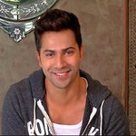 The very sporting @Varun_dvn kicks off our new segment Tells Us A Joke - on Now Showing, at 8.30pm on CNN-IBN