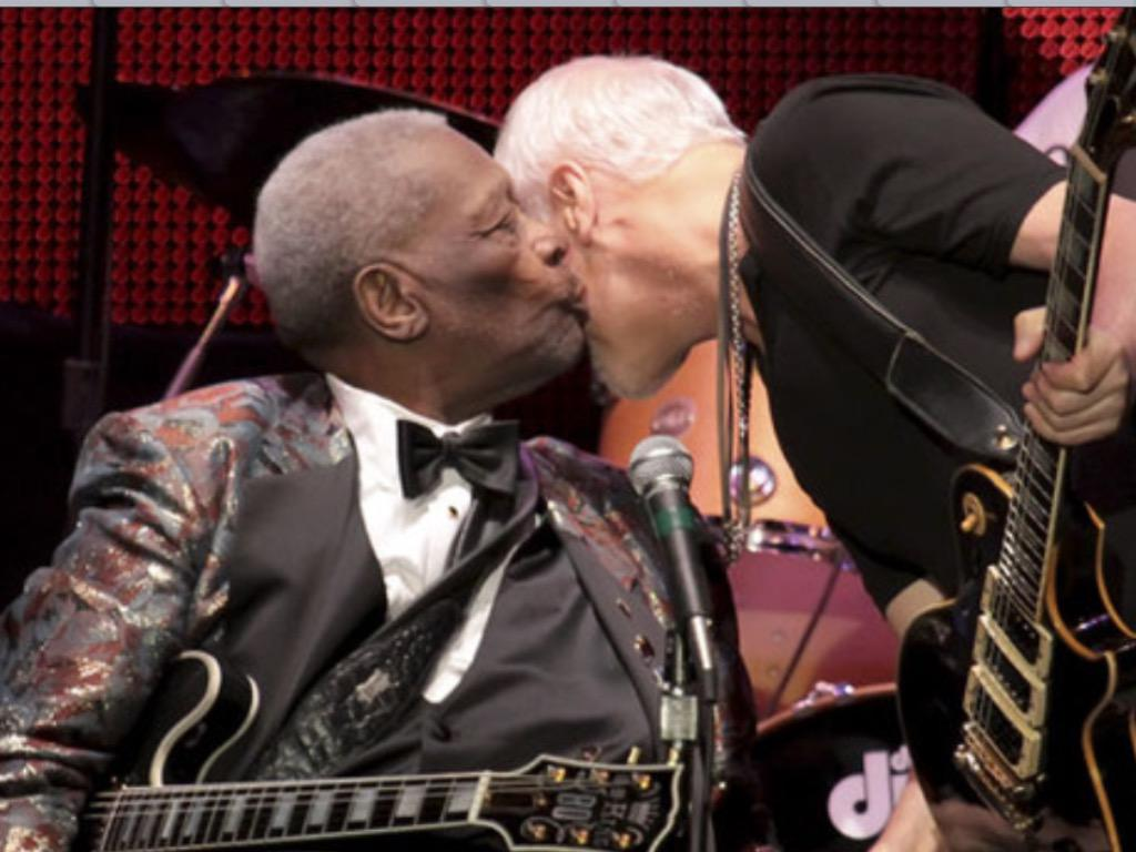 RIP BB King you are loved by all! http://t.co/8QHOpBzzDu