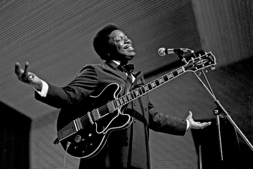 Reminiscing about blues great B. B. King today? We've got a variety of recordings to help: http://t.co/xjFFSNaVmY http://t.co/YNayrz5uNg