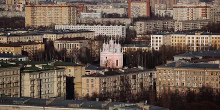 [A VOIR] St-Pétersbourg par Amos Chapple, une ville entre modernité et tradition : http://t.co/Boli65Tt48 http://t.co/wvO9brIKcY