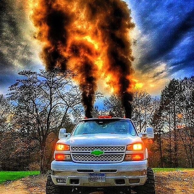 Sick shot of this #Duramax #RollingCoal! #RealTruck #Diesel #Trucks #TruckPorn http://t.co/KwWB7j7fbU