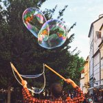 Giant bubbles float around the Old town square.. #Beautiful #Delightful #Prague http://t.co/tgcWaSUjzU