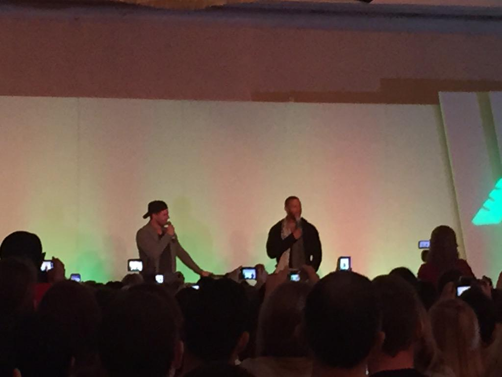 @david_ramsey and @amellywood on stage #thecityofheroes http://t.co/FAGuOgVpXy