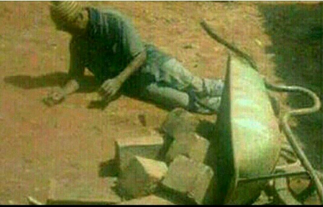 LMAO! RT @masaku_: Mluhya akiwa mjengo askie bibi amepika mchele http://t.co/Xw3tPQGcTs