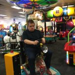 RT @pattonoswalt: This is the SIXTH time a hip-hop artist has stood me up at Chuck E. Cheese, @therealelp. Thanks for nothing: