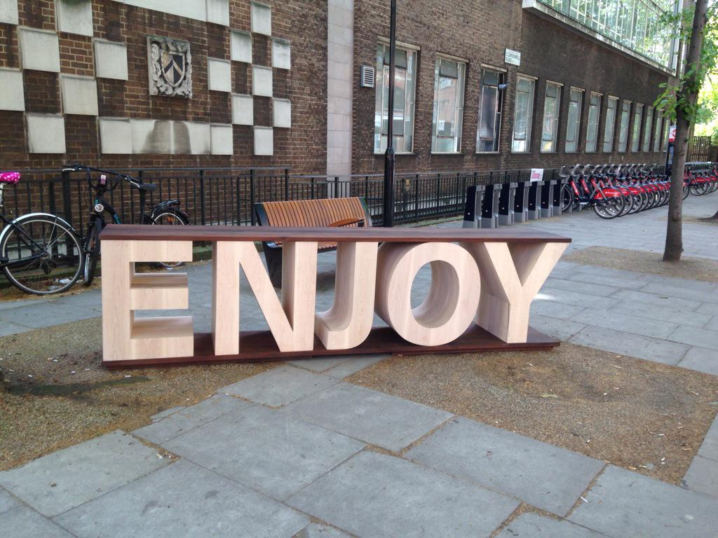 It's #fontsunday @DesignMuseum #wordplay @Monotype #cdw2015 @ahec_europe @sebcoxfurniture #enjoyseat http://t.co/Nsv5K4kcC4