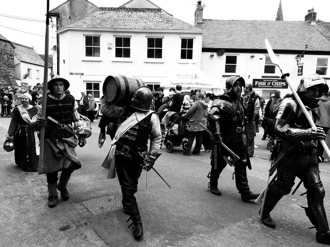 Just another average day in Lostwithiel. #LostFest http://t.co/KBNyZnJFEc