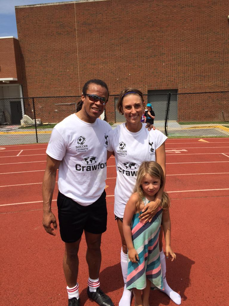 My wife Julie tore it up playing with @esdavids today to raise money for soccer in the streets... http://t.co/CSmnBGYbSc