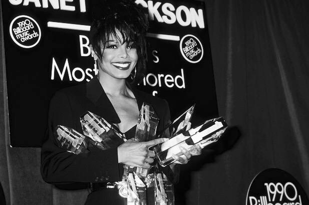 remember that one time janet took home an award in every category? that was 25 years ago. #BillboardAwards http://t.co/Hne8SWCgTD