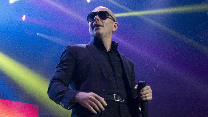 Billboard Music Awards: Watch Pitbull and Chris Brown Perform