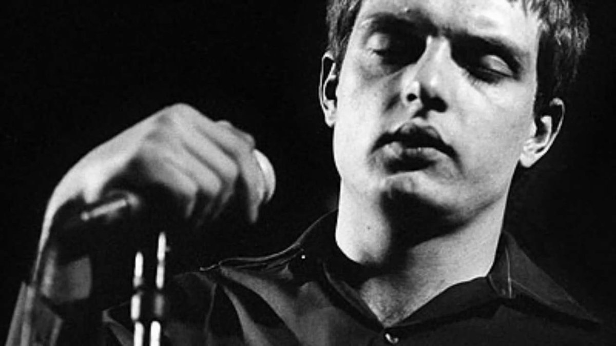 Ian Curtis, July 15, 1956 – May 18, 1980 http://t.co/yY0Qg7zUUV