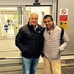 Just landed in good old London. Had a great company, my friend @chetan_bhagat. Nicely chilly & cloudy here.:) http://t.co/lOtngg8C0s