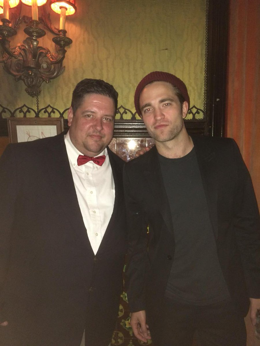 Ok this is a better pic of myself and Robert - hope he doesn't mind the pics I took with his phone in the bathroom. http://t.co/epXv8Pz9Pg
