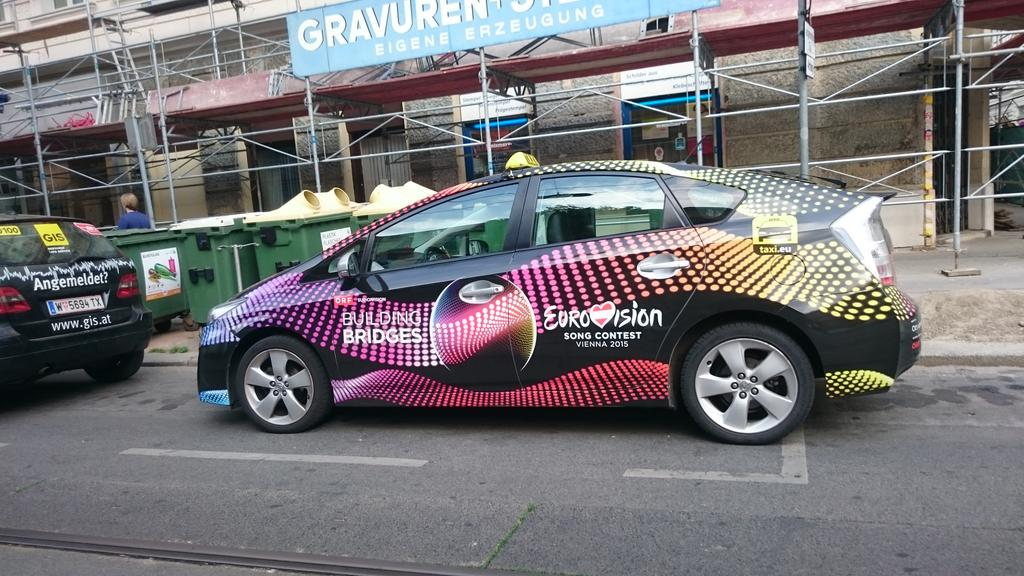 Spotted my first #Eurovision2015 taxi! #buildingbridges http://t.co/gobclmFqvg
