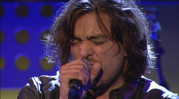 Wow! @waylonline in duet met #FreddieMercury: http://t.co/oFdLUHzkVA #12points #dwdd #queen http://t.co/QxKrPfKI6B