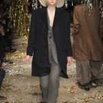 How @GameOfThroness @lovegwendoline came to walk in Vivienne Westwoods last show: http://t.co/S7GLgfAsdg http://t.co/mAod2DoiKj
