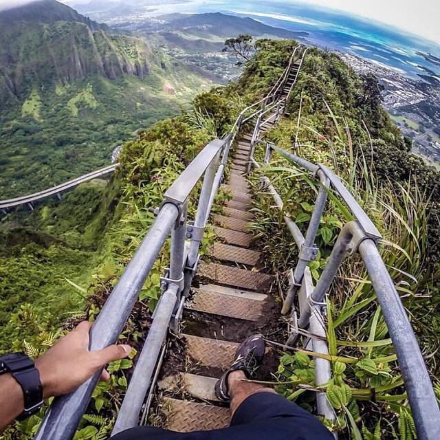 Stairway to Heaven, Oahu, Hawaii | Photo by Miguel Toralba http://t.co/aLtvVV7MLW
