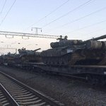 Russian tanks arrive at border of Ukraine just days after other weapons were spotted nearby http://t.co/SVo4IEpk7H http://t.co/nKFoYFha2C