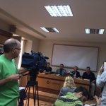 Ahora mismo @molivaresh está escuchando la opinión en contra del proyecto Atrio de la Alhambra de @SOSAlhambra http://t.co/sEjXkcws2Y