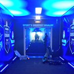 CREWS working hard to make sure the tunnel is as blue as possible for tonights #ORIGIN clash! #uptheblues http://t.co/BOJ0rJiIKi