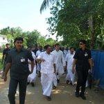 Rahul Gandhi arriving at Chavakkad fishermen colony. #RGVisitsKerala http://t.co/QaTr0Sepw4