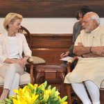 Federal Defence Minister of Germany, Dr. (Mrs.) Ursula von der Leyen calls on @PMOIndia Shri @narendramodi http://t.co/IC6rGVYEra