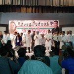 Earlier, Dr. Manmohan Singh Ji, Sachin Ji and Roji Ji & others accepting the gestures of audience at #Drishtikon15 http://t.co/LSfp51E09M