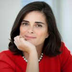 Isabel Vaz, a rare female Portuguese public-company CEO, survived the Espirito Santo storm. http://t.co/J7dqCAJcDW http://t.co/vAuEAGEWBz
