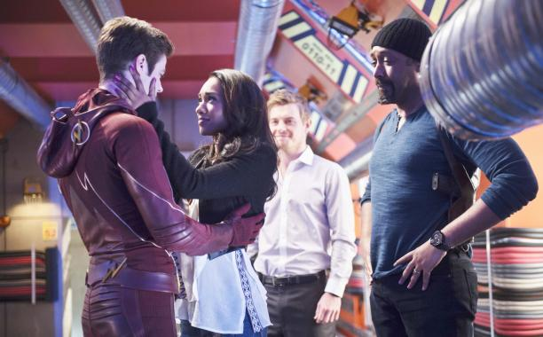 TheFlash made a risky deal in tonight's emotional season finale � our recap: