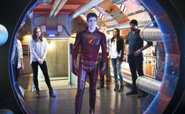 .@CW_TheFlash boss on finale's shocking departure (MAJOR TheFlashFinale spoilers ahead!):