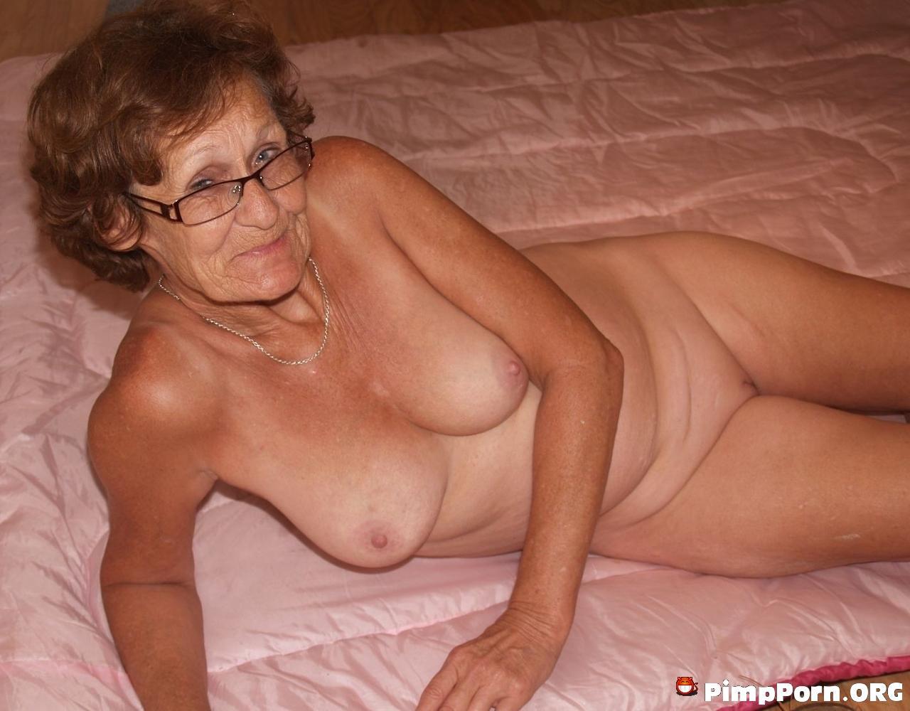 Horny Grannie - Adult Photos Xxx
