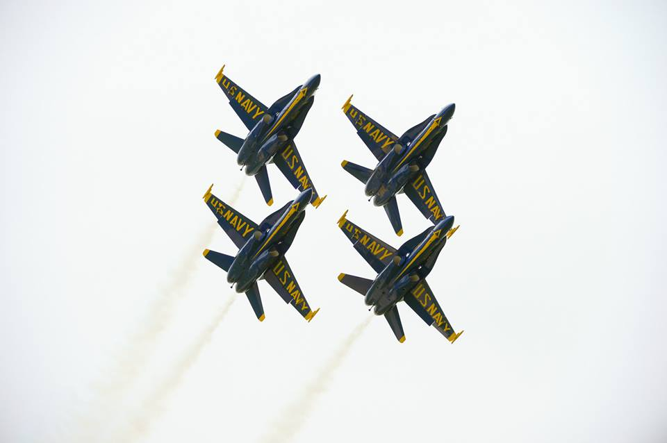 Eyes to the skies, Maryland!  It's @BlueAngels day in Annapolis! http://t.co/AU1lVL3InQ