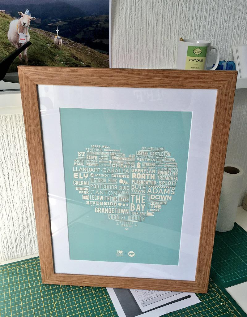 Competition time! WIN this pro framed Bute-iful Cardiff Heart print - RT to enter by 10am Thurs. (Inc local delivery) http://t.co/y35xftUppr