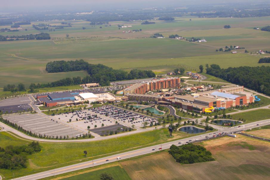 Happy Anniversary to #WorldsCoolestIndoorWaterpark @KalahariResorts #Ohio. It's been an amazing 10 years! http://t.co/MwvGAqxBGB