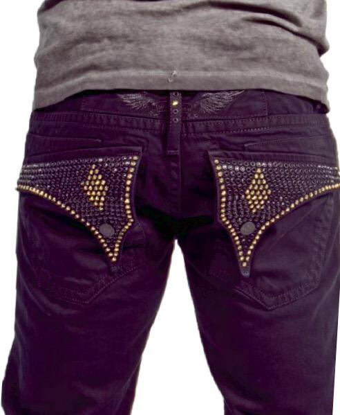Pure & Studded. http://t.co/zNc0MYfRA1 #RealAmericanJeans http://t.co/j6X5Z5bWcC