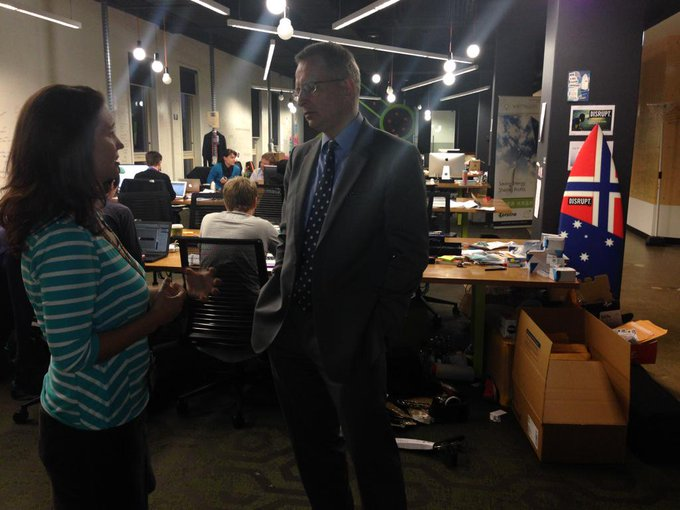 Talking to cofounder @annie_parker on visit to muru-D, Telstra backed tech accelerator in Sydney #commsau #startupaus http://t.co/0dqA710Dhu