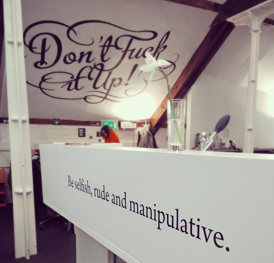 Now hiring Selfish, Rude & Manipulative mid-creatives who Don't Fuck It Up - jointheclub@work-club.com http://t.co/VxBkojnylm