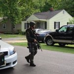 #RockHill SWAT team standoff with armed man ends peacefully. http://t.co/NfkAWIKerA http://t.co/sxkUEY1u3p