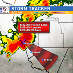 #SevereThunderstormWarning for #ZapataCounty extended to 9:30. Storm continues SE fairly quick SE movement. @kgbt http://t.co/AIUKEGF2qs