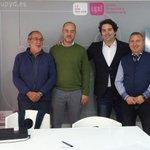 14° día de campaña en Cantabria. Reunión con AMA (Asociación de Maltratados por la Admon.). @UPyDCantabria @UPyD http://t.co/GE0IUsylKo