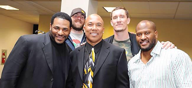 #TBT - From 2012- @bkeisel99 @JeromeBettis36 @jharrison9292 #aaronsmith congratulate @mvp86hinesward on retirement. http://t.co/31ZR7YPCEg