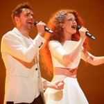 NEWS INTERNATIONAL - THE MUSICAL #NOR #Eurovision http://t.co/JnM01I1y0W