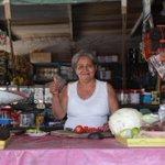 Las mamás trabajadoras de #Centro tendrán más y mejores beneficios en mi administración. #EntreTodos #VamosAdelante http://t.co/xFd0rLYeVo