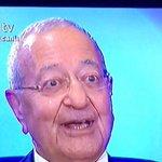 Siyasi parti olacağına Mehmet Barlas ol. Hayatta muhalefet yüzü görmezsin. http://t.co/LzhU2NWxJE