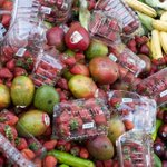 Frances parliament has voted unanimously to ban food waste in big supermarkets #WorldNews http://t.co/VKWqmuGY0M http://t.co/SPzcsa9vp3